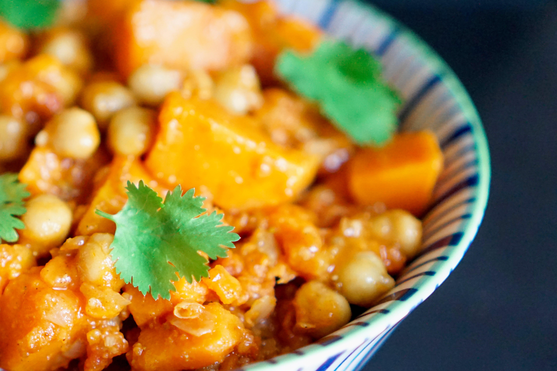 Curry de patate douce aux pois chiches