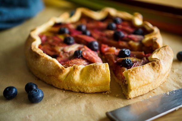 Tarte à la rhubarbe et aux pommes recette